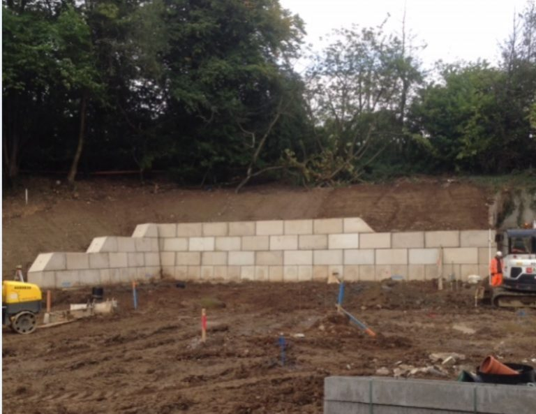 Inclined Block retaining wall